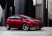 Ford Focus 1.6 Trend kontra Toyota Auris 1.6 Active