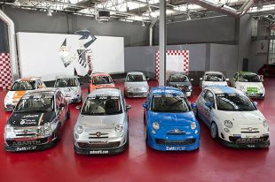 Abarth 695 Assetto Corse Evoluzione gotowy do startu w Pucharach Abarth 2014